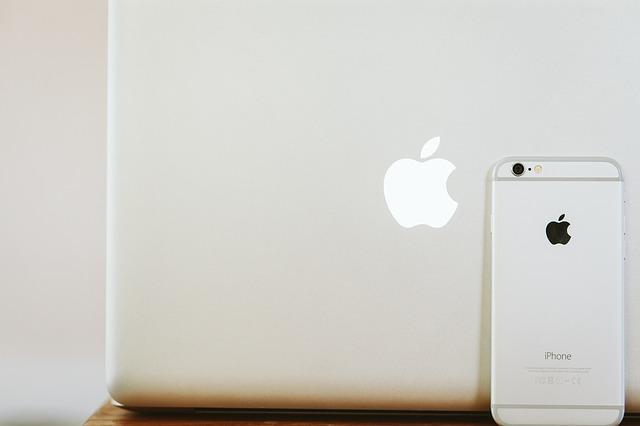 macbook lavorare viaggiando